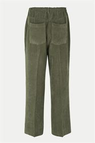 SECOND FEMALE Boyas/trousers